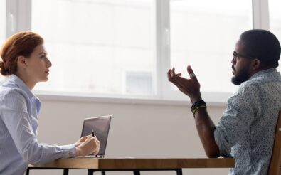 Votre entreprise vous propose une reconversion professionnelle ?  Découvrez TransCo, pour changer de métier dans un cadre sécurisé
